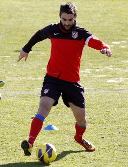 Adrián por Falcao en el Atlético, y se estrena Beto en el Sevilla
