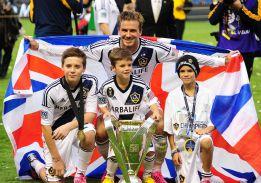 Beckham viaja a París para cerrar su fichaje por el PSG