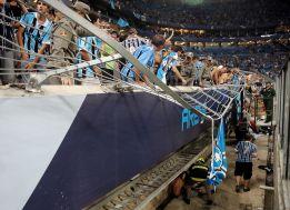 Ocho heridos al caer una valla en el nuevo estadio de Gremio