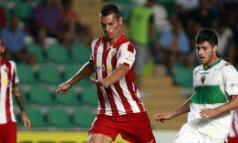 Casquero acuerda la rescisión de su contrato con el Almería