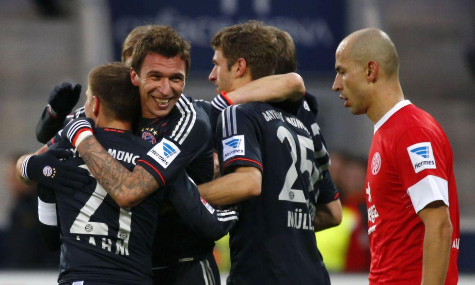 El Bayern de Múnich vence con solvencia al Mainz y es más líder