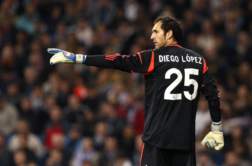 Diego López y Varane repiten