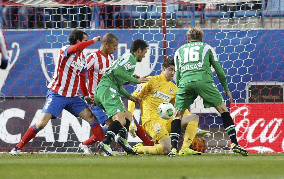 Sólo cuatro equipos han logrado marcar gol en el Calderón