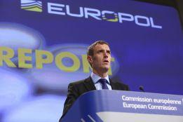 Europol destapa una red de amaños en el fútbol profesional
