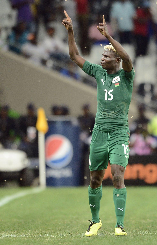 Burkina a la final tras vencer en los penaltis a Ghana y al árbitro