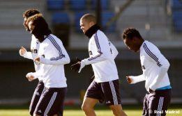Pepe se incorpora al grupo después de un mes de baja