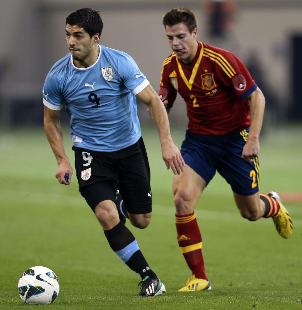 Azpilicueta, Isco y Mario Suárez debutaron con la Selección