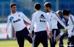 Xabi no se entrenó y podría caerse de la lista ante el Sevilla