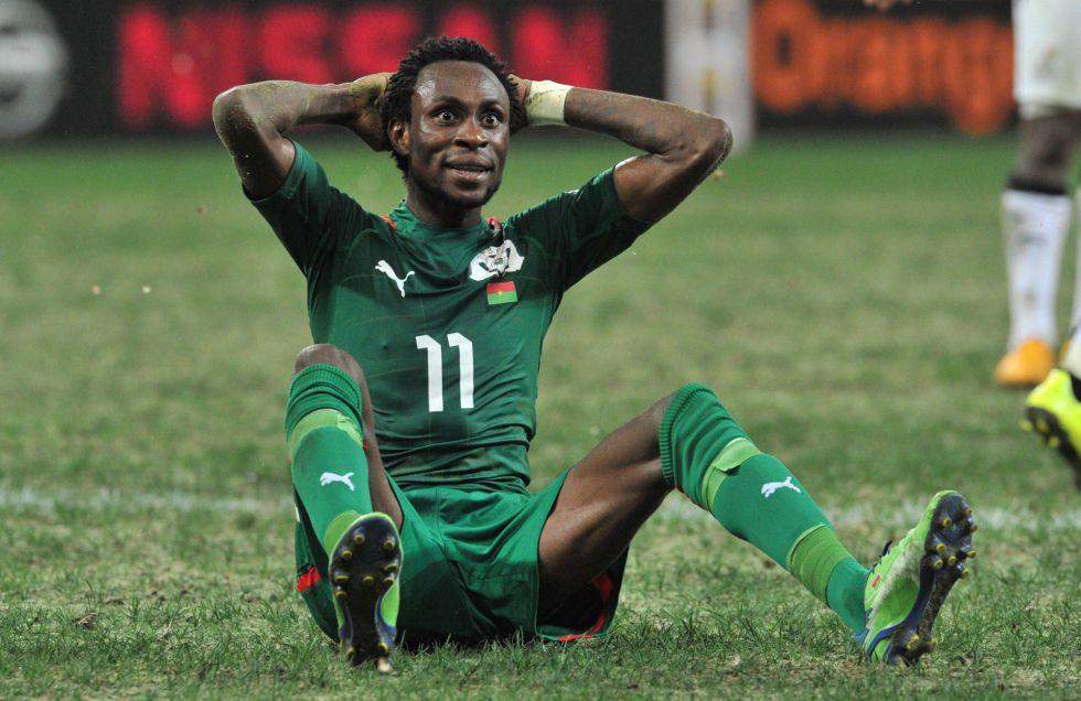 Pitroipa podrá jugar la final con Burkina tras anularse su sanción