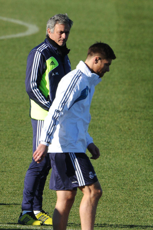 Xabi Alonso, fuera de la lista: se le reserva para el Manchester