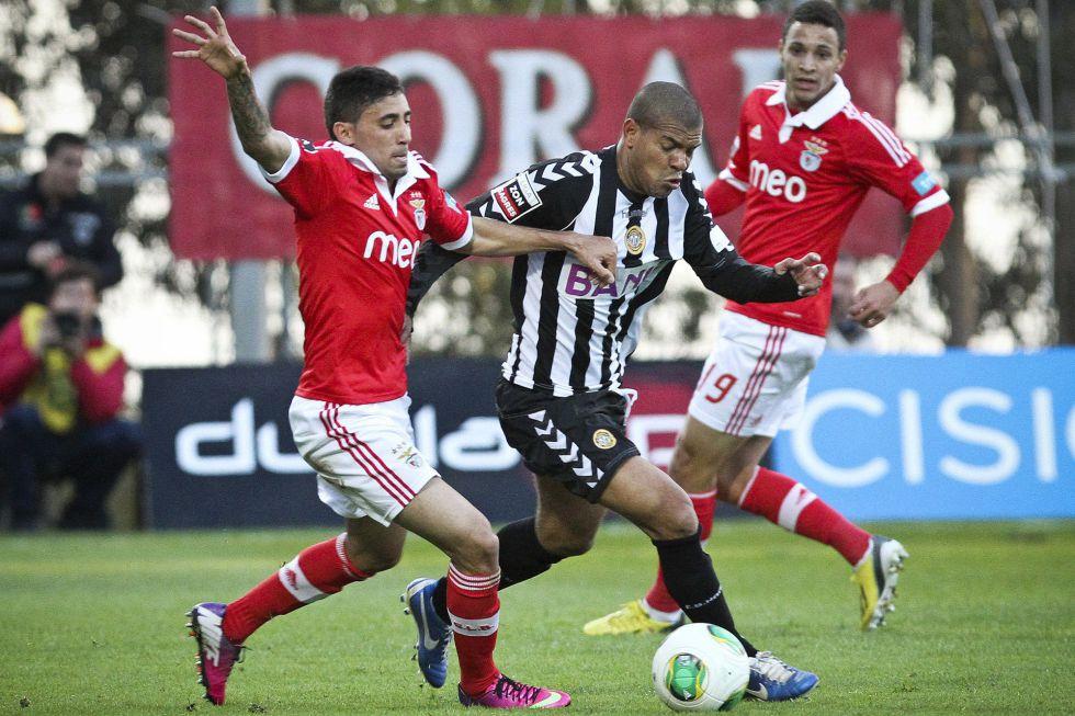 El Benfica tropieza con el Nacional y no pasa del empate