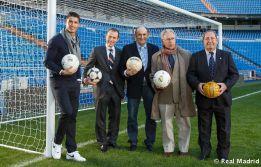 http://as01.epimg.net/futbol/imagenes/2013/02/11/primera/1360614379_230754_1360614594_noticia_normal.jpg