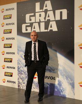 Maldini, un galardón al trabajo futbolero y sin bufanda