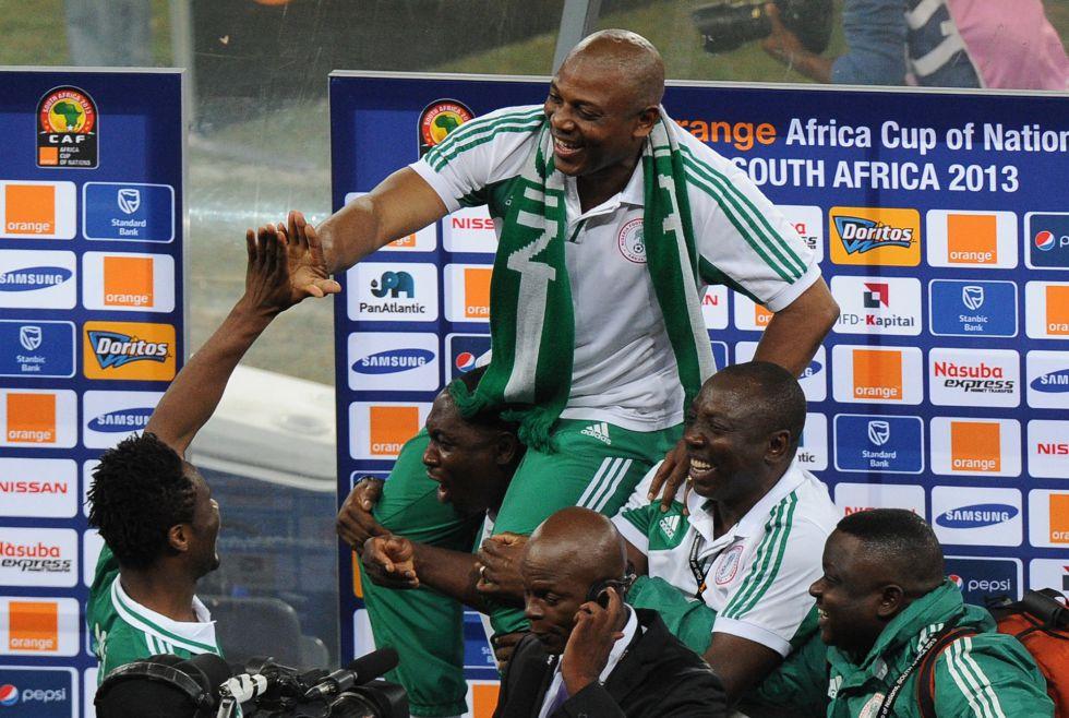 El seleccionador de Nigeria cambia de idea y no dimitirá