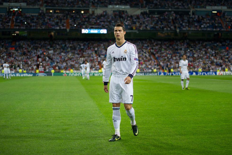 Ronaldo entregará un talón de 100.000 euros a la Cruz Roja