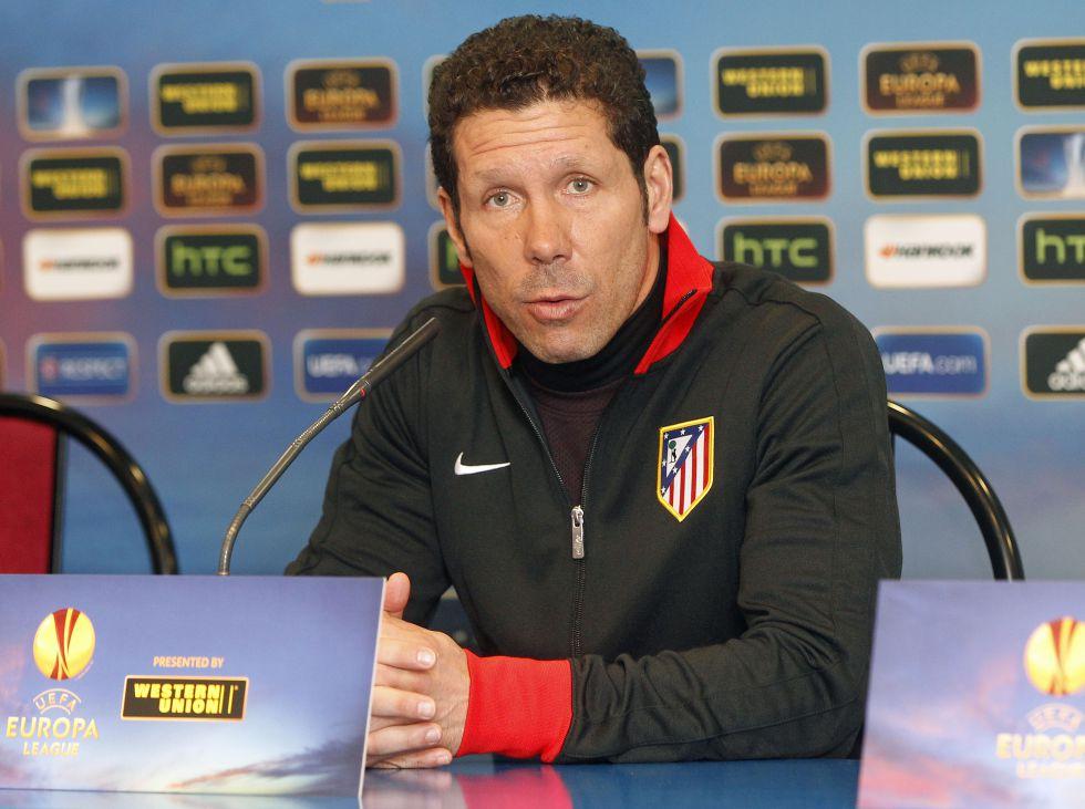 """Simeone: """"La presencia de Adrián le hace bien a Falcao"""""""