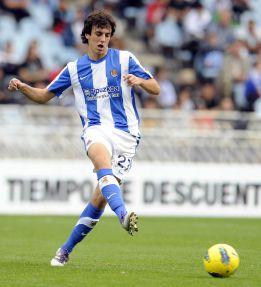 Rubén Pardo renueva con la Real hasta junio de 2016