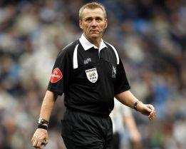 Graham Poll: 'Mourinho es Míster Encantador con los árbitros'