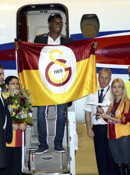 Drogba: debut, gol y triunfo