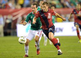 Rogers deja el fútbol tras admitir su homosexualidad