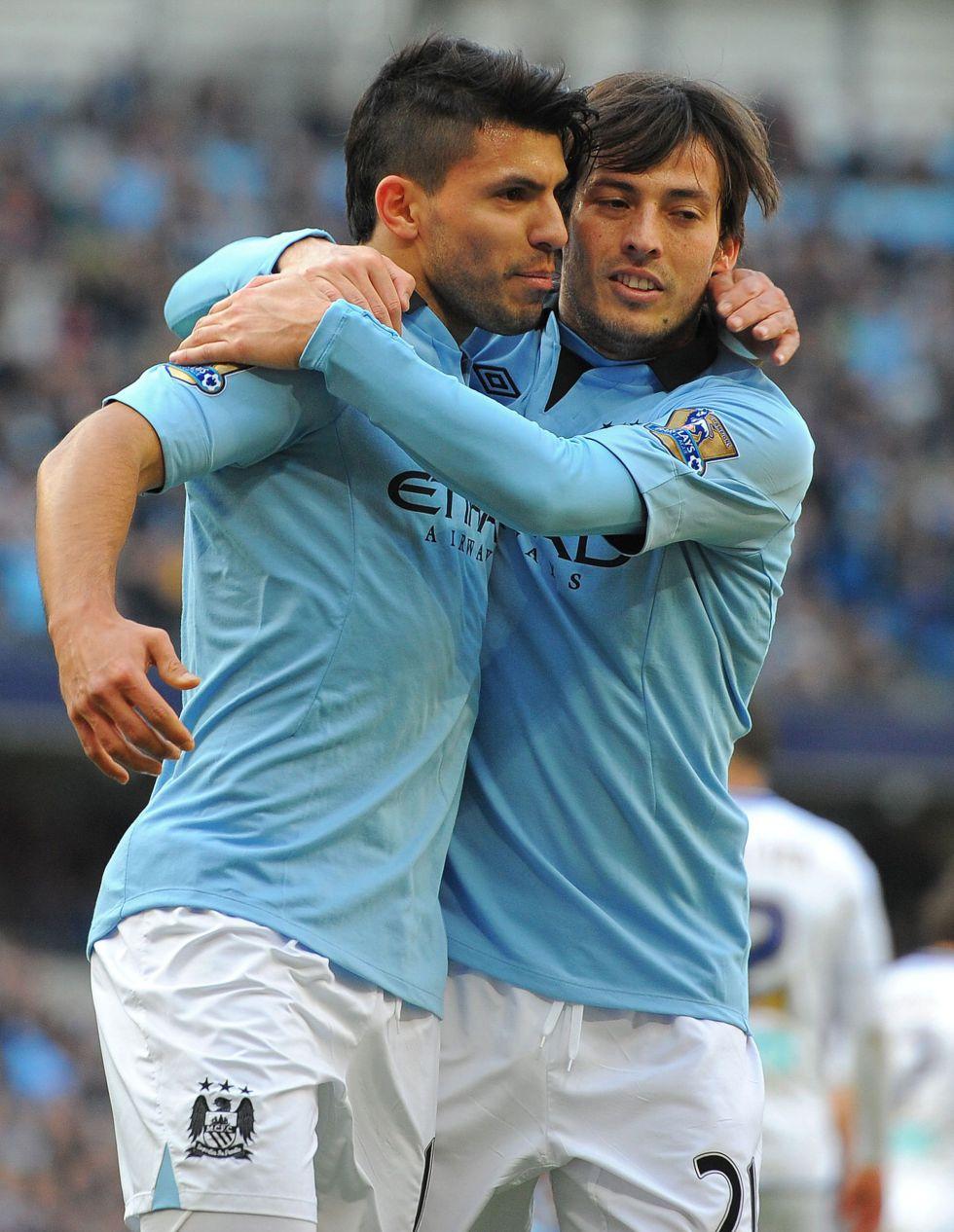 Mata y Agüero guían a Chelsea y City a pasar ronda en FA Cup