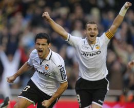 El Valencia se crece ante las adversidades