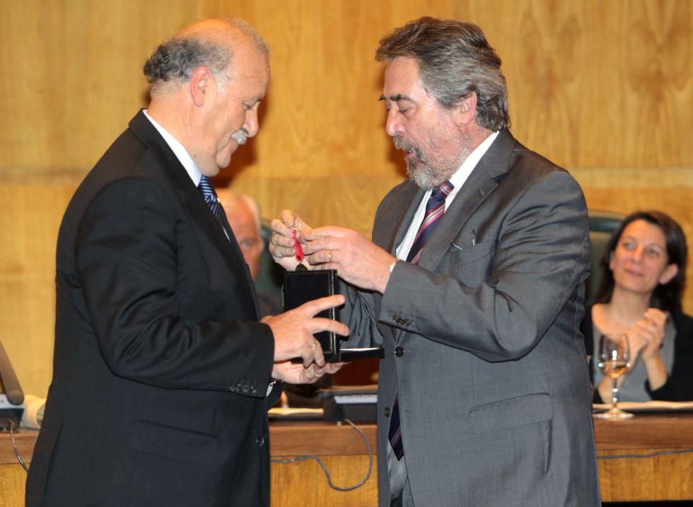 Vicente del Bosque, Medalla al Mérito Deportivo de Zaragoza