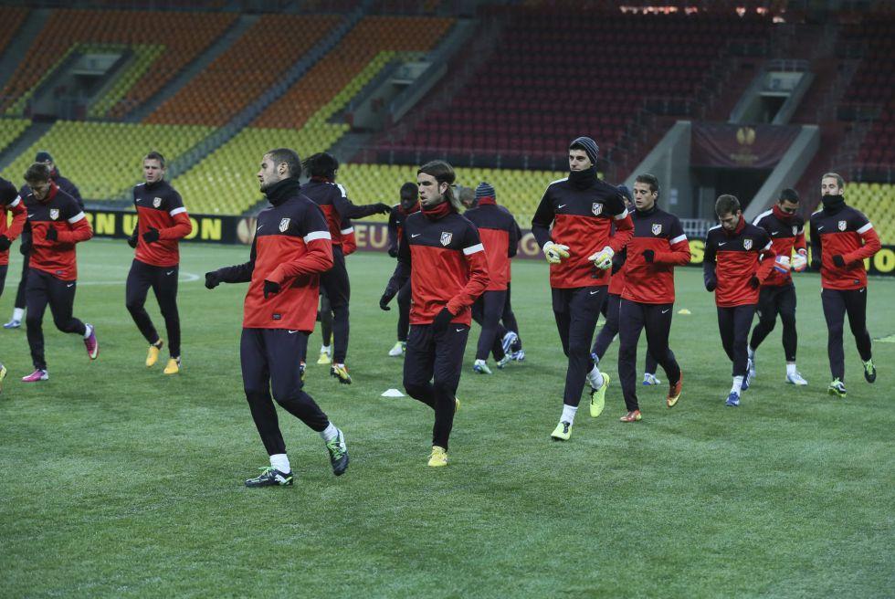 El Atlético se entrena en Moscú con 8 grados bajo cero
