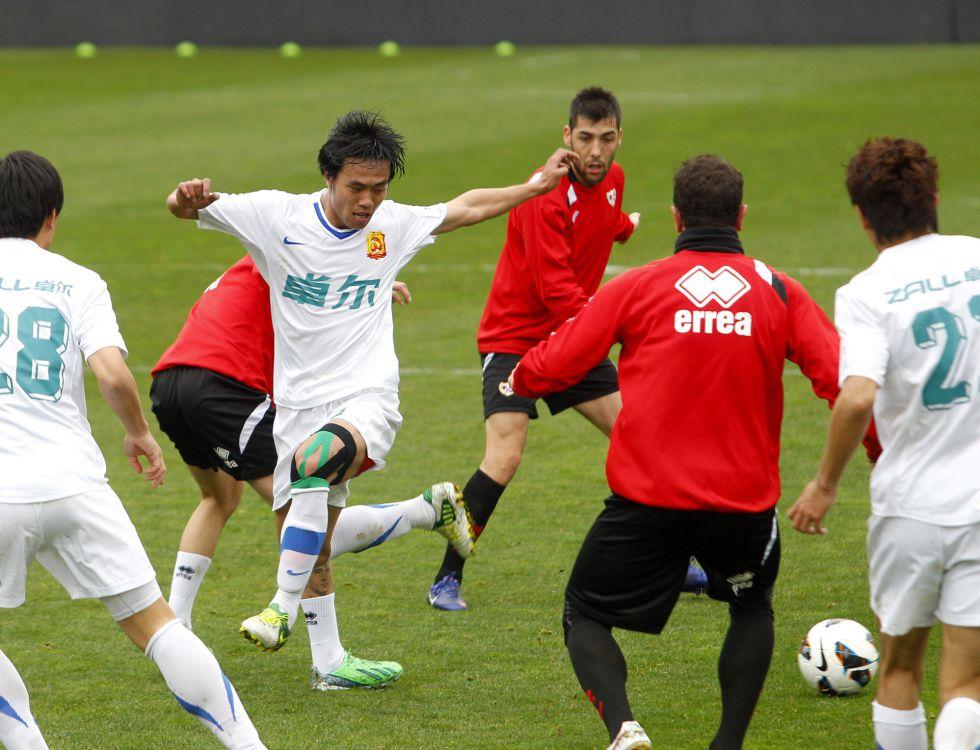El Rayo golea (5-0) al Wuhan Zall chino en un amistoso