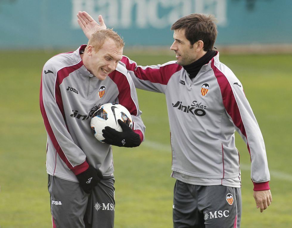 Mathieu regresa a una lista del Valencia cuatro meses después