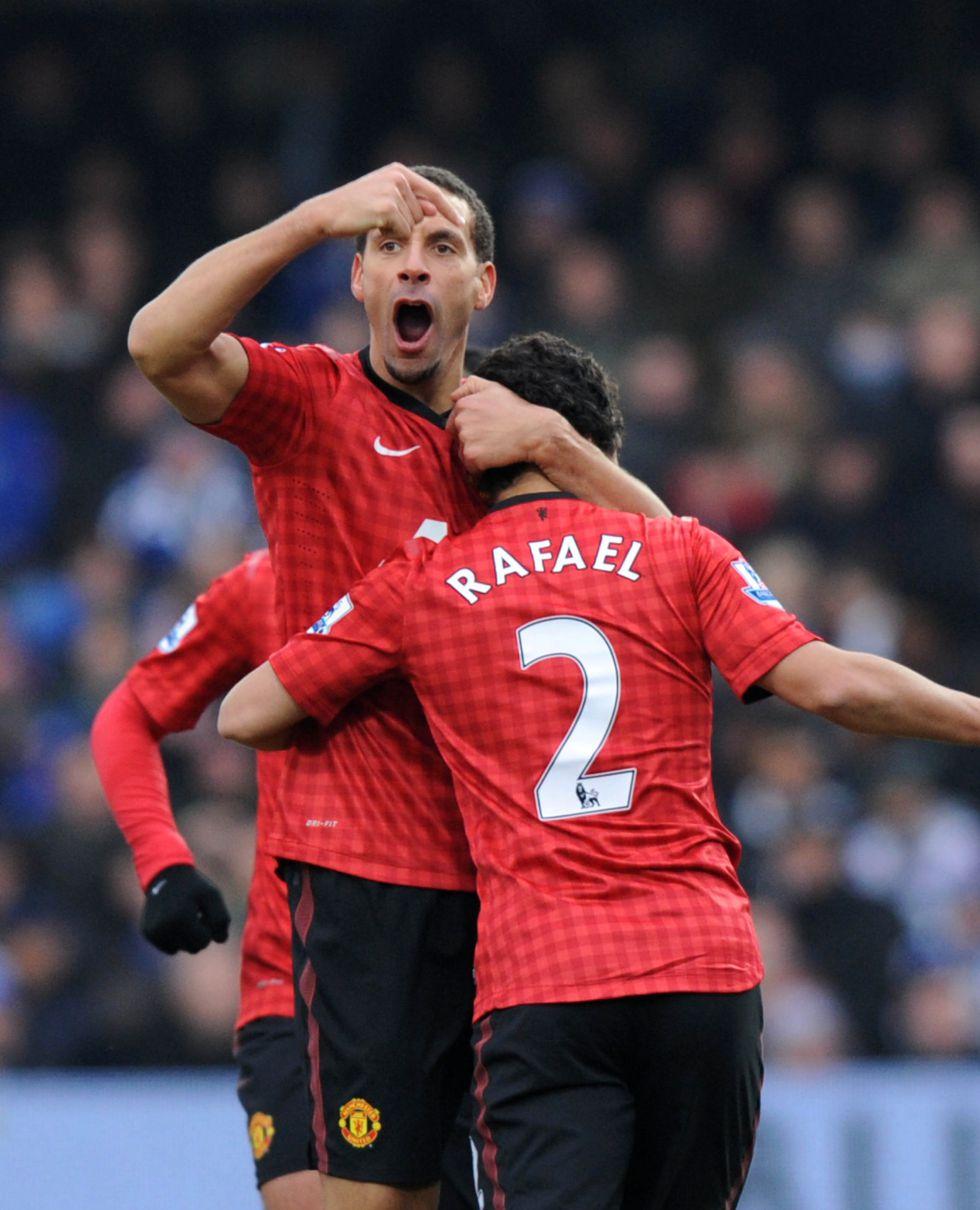 Rafael se reivindica con un gran gol y el United huele a campeón