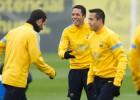 Adriano se entrena con el grupo