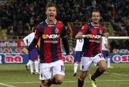 El Bolonia gana a la Fiorentina, que se aleja de Europa