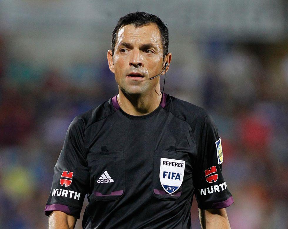 El Atlético se reencuentra con el árbitro Teixeira Vitienes I