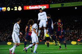 Varane: cero faltas y dos goles en la semifinal ante el Barça