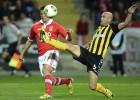 El Benfica se aisla en el liderato gracias a un gol de Cardozo