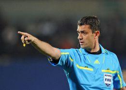 El húngaro Viktor Kassai arbitrará el Barça - Milán