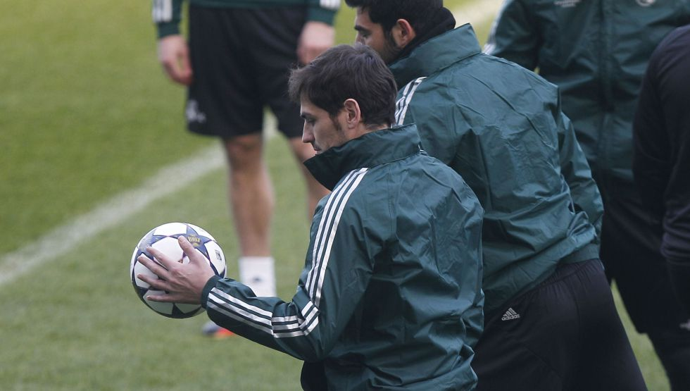 Iker Casillas estará listo para jugar el 30 frente al Zaragoza