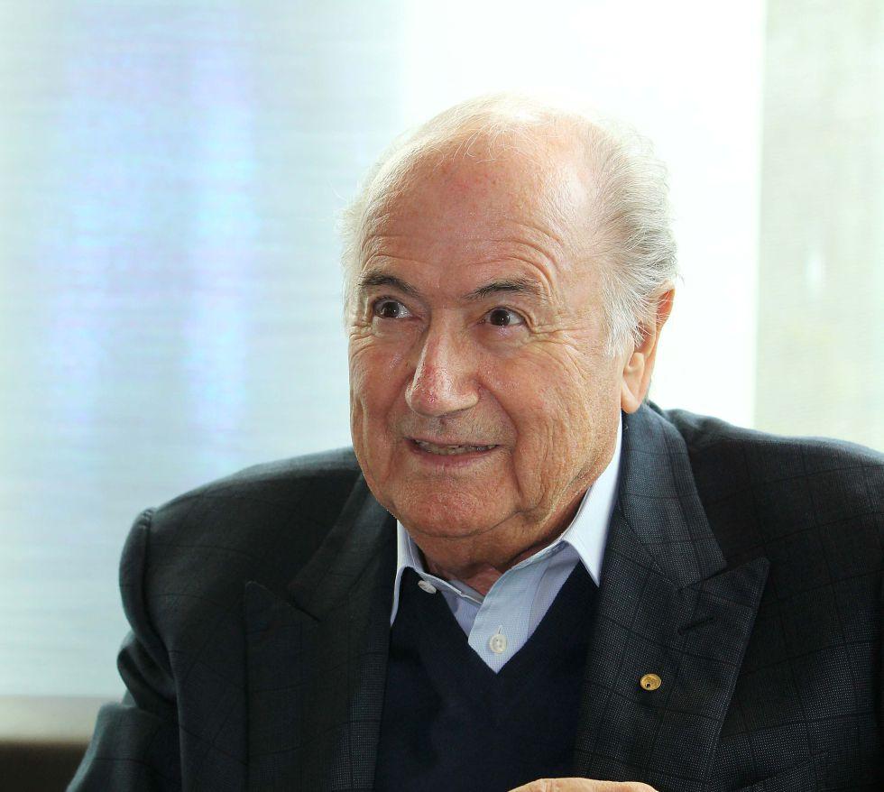 """Blatter: """"El único que no quiere la tecnología es Michel Platini"""""""