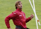 Valera forzará ante el Atlético por las bajas en la defensa