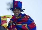 Adriano renueva con el Barcelona por 4 temporadas