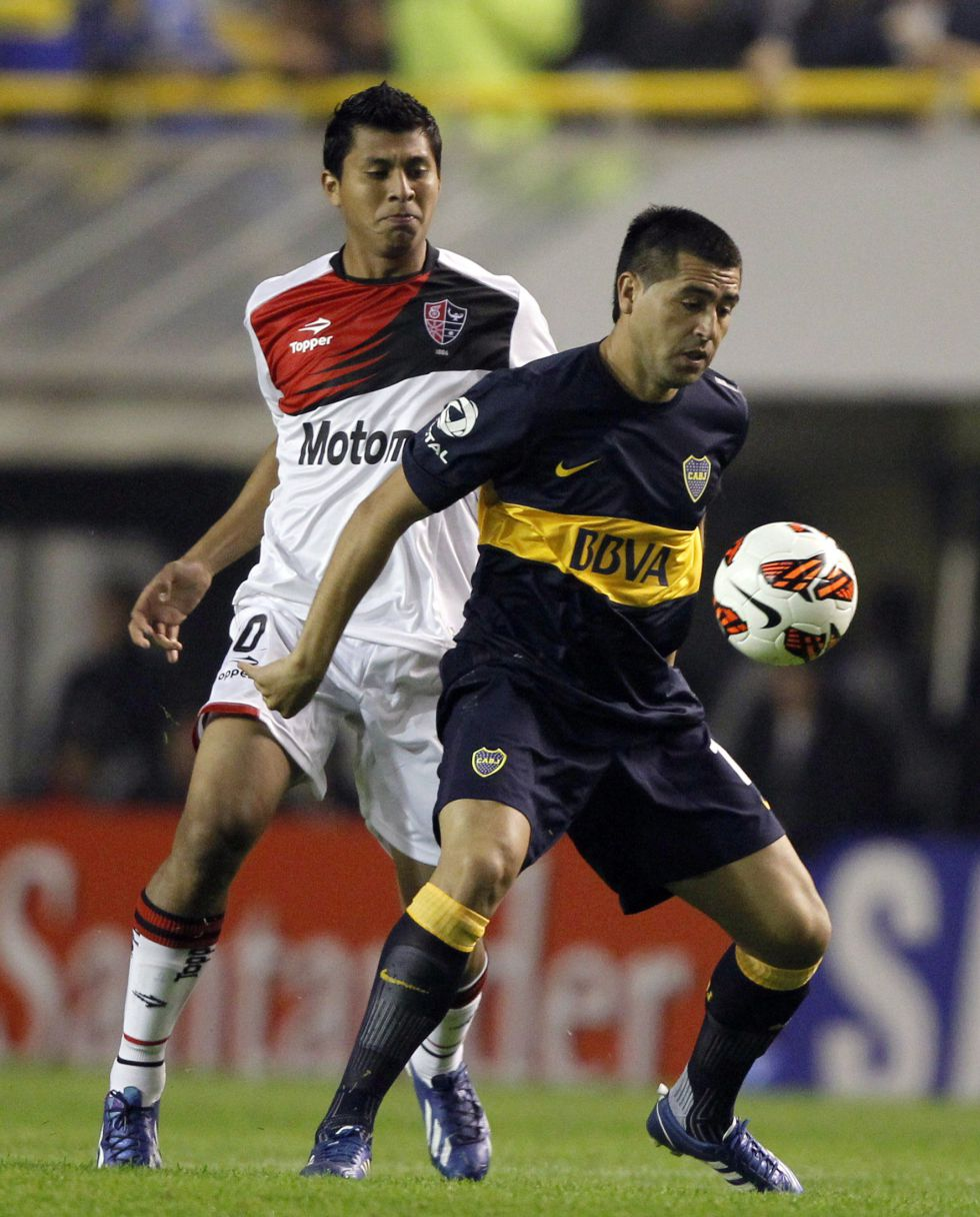 Boca y Newell's empatan y el pase se decidirá en Rosario