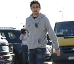 Manchester City offer €30m for Jesus Navas, Sevilla winger wants to join Real Madrid [AS]