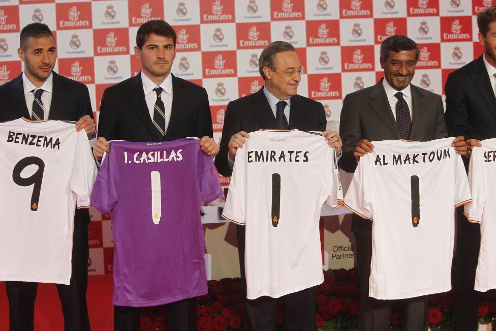 El Real Madrid presenta la nueva camiseta para 2013 14 - AS.com a4deb17f28153