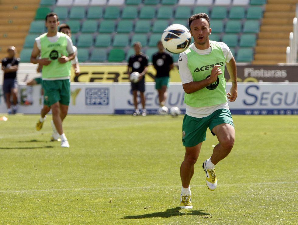 Xumetra confirma que firmará tres años con el Levante
