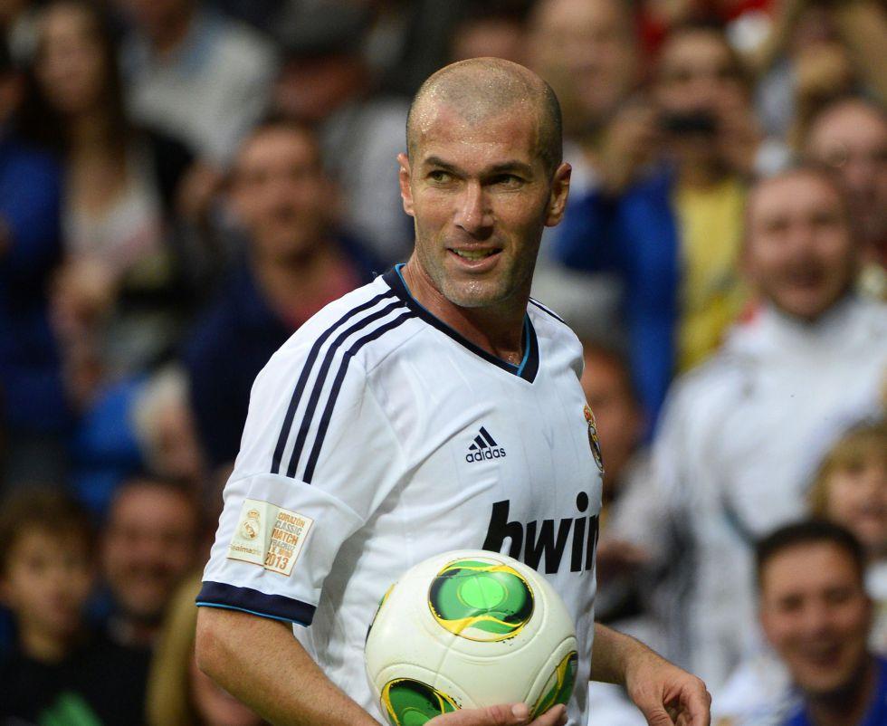 A Zinedine Zidane le falta una asignatura para ser entrenador