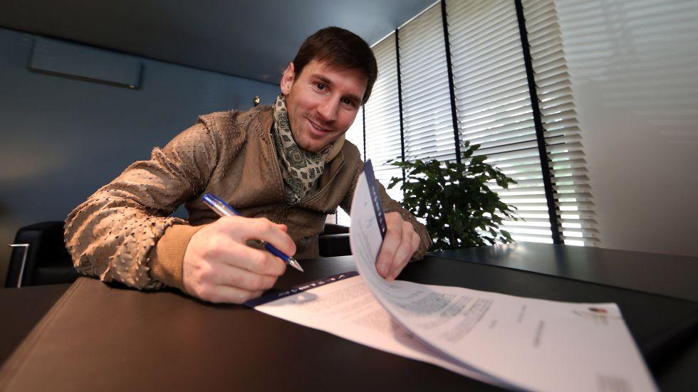 La fiscalía acusa a Messi de defraudar 4 millones de euros