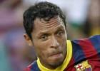 Adriano no jugará la ida de la Supercopa por sanción