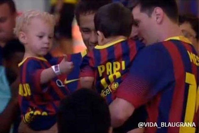 Los hijos de Messi y Neymar ya 'hacen migas' en el Camp Nou