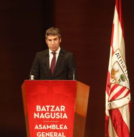Josu Urrutia afronta la asamblea para debatir el presupuesto